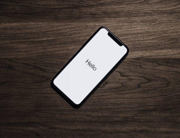 Kolika je cijena iPhone-a?